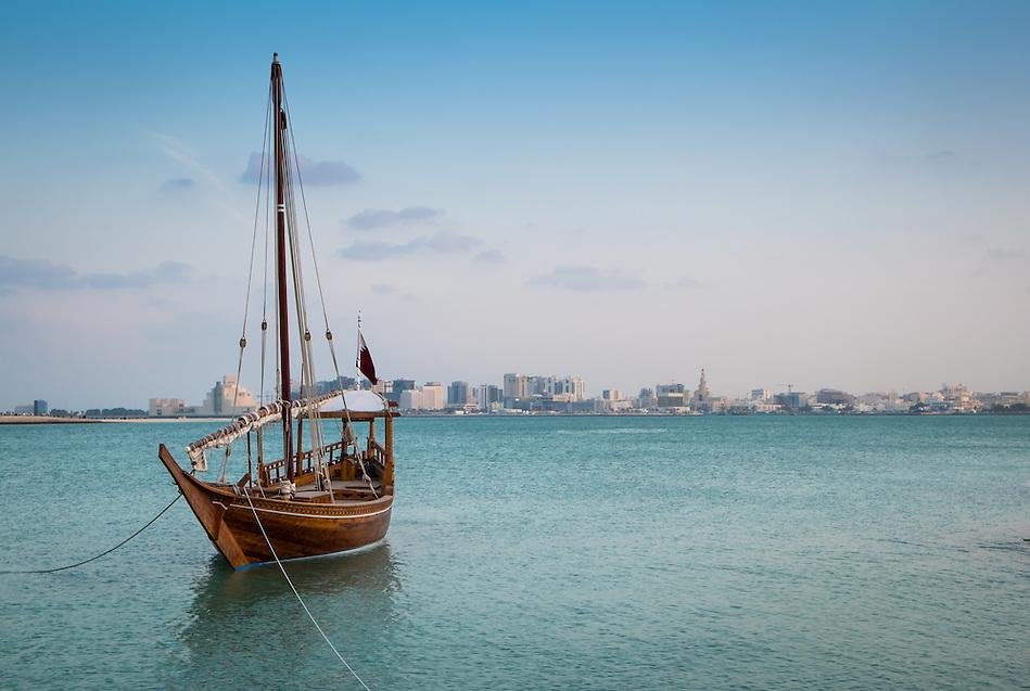 Traditional Arabic Dhow Boat in the Doha Bay in Qatar (Daniel Korzeniewski)