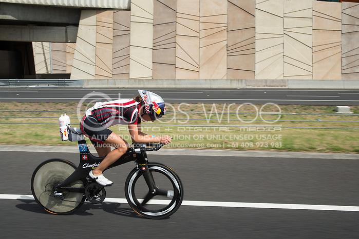 Natscha BADMANN (NZL). Ironman Asia Pacific Championship Melbourne. Triathlon. Frankston And St Kilda, Melbourne, Victoria, Australia. 24/03/2013. Photo By Lucas Wroe (Lucas Wroe)
