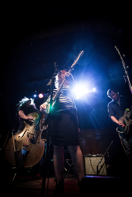 Lydia Loveless live at Schubas Tavern, Chicago, Illinois 4/26/14 (David T. Kindler)