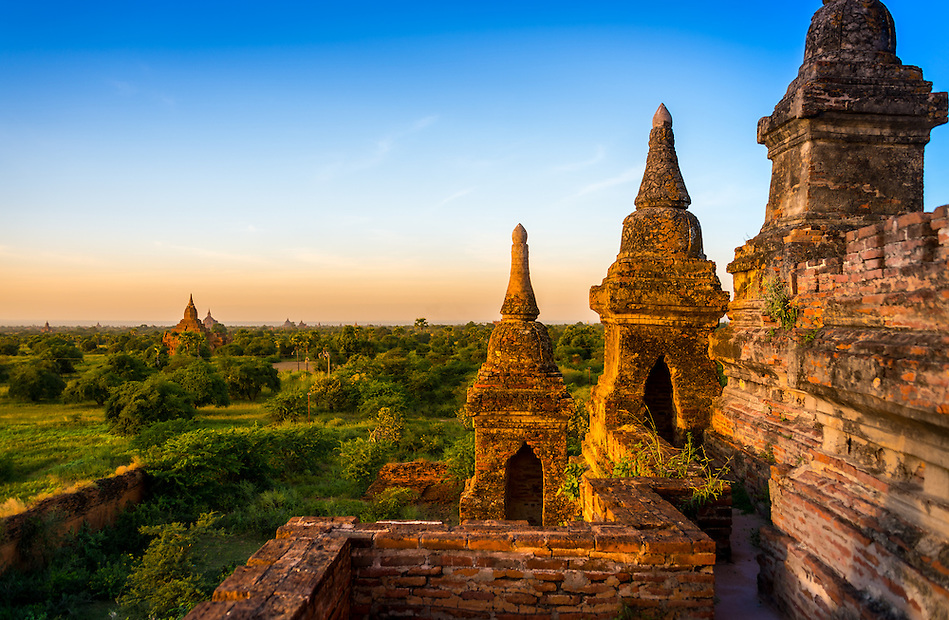 View of the terrace overlooking the plains of Bagan in Myanmar from one of the ancient temples. (Daniel Korzeniewski)