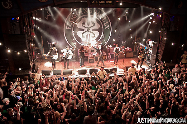 Flogging Molly live concert House Of Blues Los Angeles (Justin Gill)