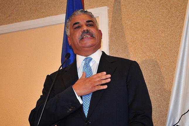 Agencia EFE lo divulga al mundo: MVM recibió US$300 mil de capo boricua