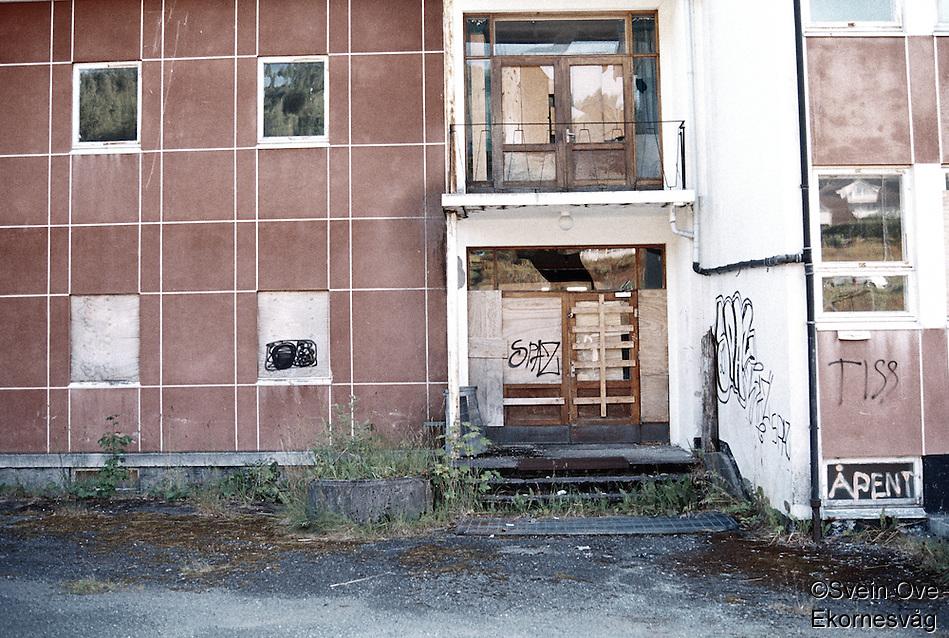 Forlatt skole på Skodje. Foto: Svein Ove Ekornesvåg (Svein Ove Ekornesvåg)