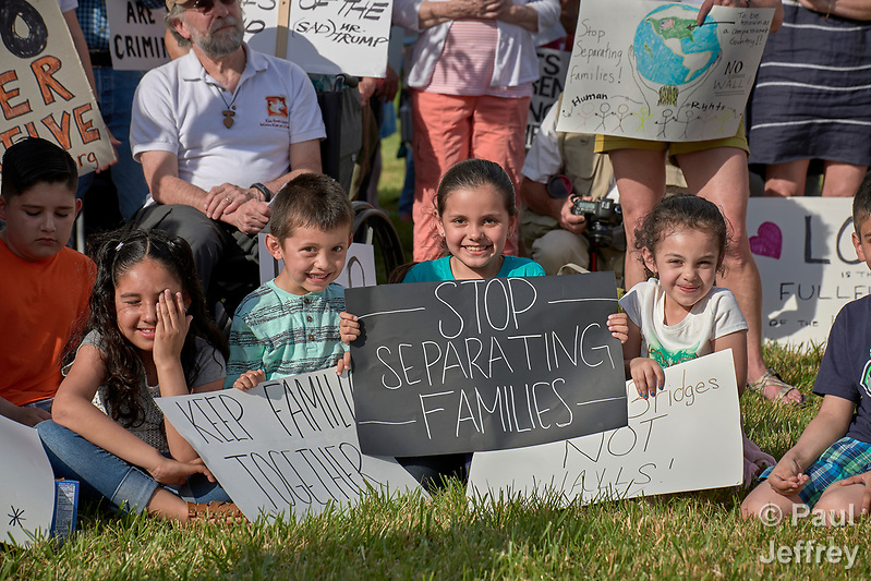 Children participate in a rally outside a federal detention center in Sheridan, Oregon. Participants protested the Trump administration's policy of separating parents from their children at the U.S.-Mexico border. (Paul Jeffrey)