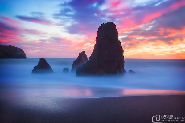 This sunset at Rodeo Beach in the Marin Headlands provided a great opportunity to photograph the popular Three Amigos rock formation using a long exposure witrh a Lee ND filter. (Jennifer Rondinelli Reilly)