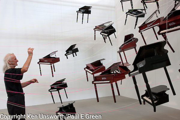 "Australian Artist,Ken Unsworth AM,Photo,Paul Green,Performance Art,Painting, Sculpture,Venice Biennale,Sydney,Melbourne,Australia, Art Gallery of NSW, National Gallery of Australia,""A Ringing Glass (Rilke) An Event to Honour Elisabeth Unsworth,Toy pianos, music, Art,Toyland fever (Paul Evan Green)"