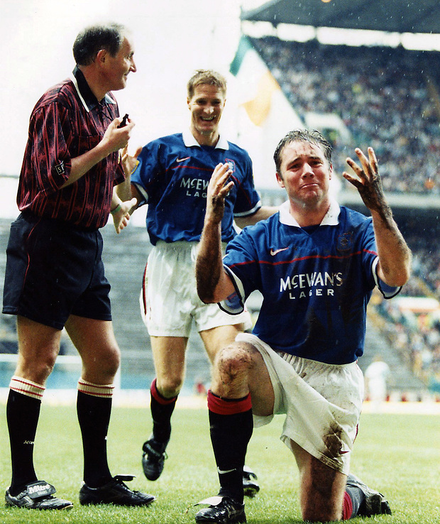 5TH APRIL 1998, CELTIC V RANGERS SCOTTISH CUP SEMI FINAL, ALLY MCCOIST CELEBRATES SCORING FOR RANGERS AT CELTIC PARK, ROB CASEY PHOTOGRAPHY. (ROB CASEY/ROB CASEY PHOTOGRAPHY)