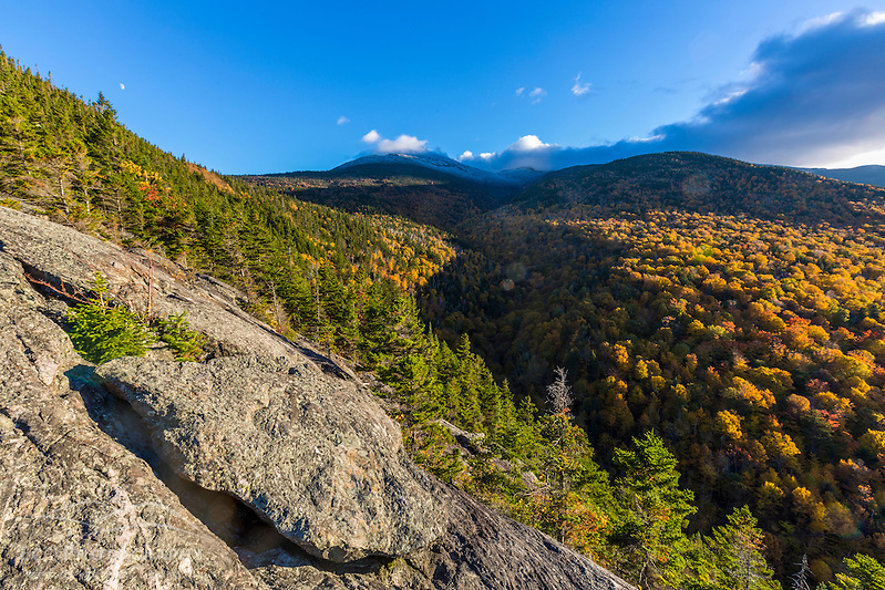 Fall foliage on Mount Madision in New Hampshire's White Mountain National Forest. View from Dome Rock. (Jerry and Marcy Monkman)