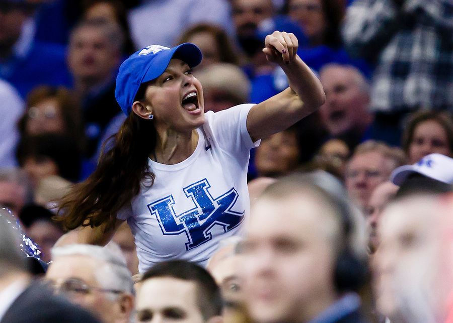 Mar 28, 2015; Cleveland, OH, USA; Actress Ashley Judd cheer during the game between the Kentucky Wildcats and the Notre Dame Fighting Irish in the finals of the midwest regional of the 2015 NCAA Tournament at Quicken Loans Arena. Mandatory Credit: Rick Osentoski-USA TODAY Sports (Rick Osentoski/Rick Osentoski-USA TODAY Sports)
