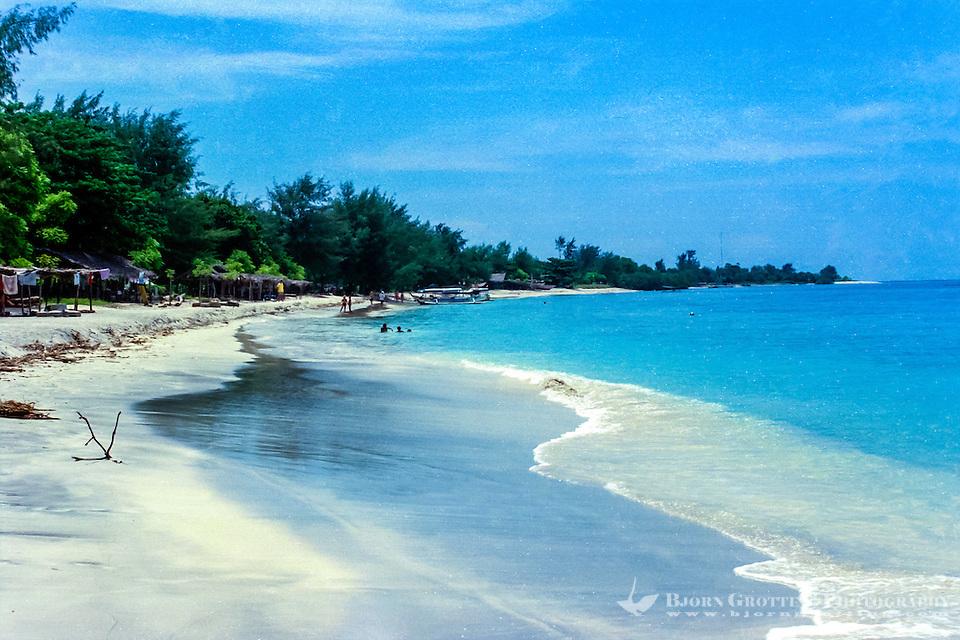 Nusa Tenggara, Lombok, Gili Trawangan. A great place for snorkeling just outside the beach on Gili Trawangan (Photo Bjorn Grotting)