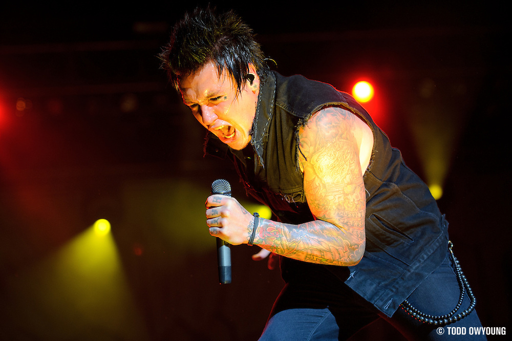 Papa Roach performs on May 15, 2011 at Verizon Wireless Amphitheater in St. Louis, Missouri. © 2011 Todd Owyoung. (Todd Owyoung)