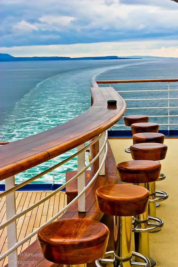 Looking at the bar at the stern of a cruise ship as it blends into the curve of the wake in the North Sea (Ian C Whitworth)