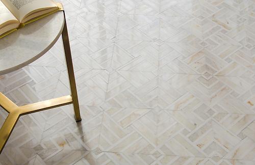 Delaunay stone mosaic