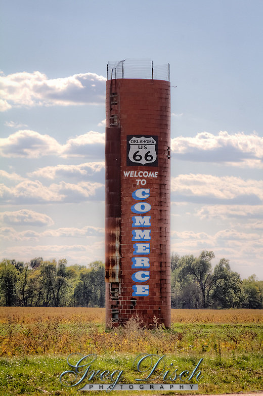 Old silo outside o Commerce Oklahoma on Route 66, welcoming visitors. (Greg Disch)