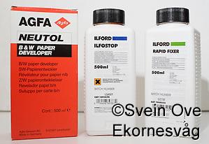 Agfa Neutol, Ilford stop og fix. Foto: Svein Ove Ekornesvåg (Svein Ove Ekornesvåg)