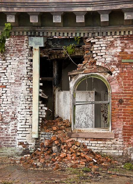 The Abandoned Jackson Sanatorium in Dansville NY. (Walter Arnold)