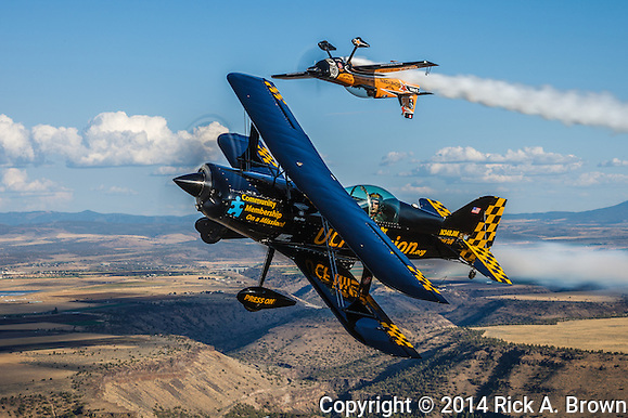 """Super Dave"" Mathieson in his MX2 and Jon Melby in his Pitts S-1-11B Muscle Bi-Plane. (Rick A. Brown)"