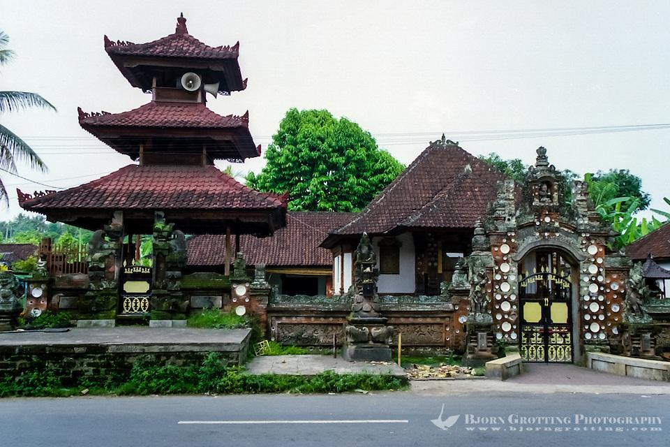 Bali, Tabanan, Kerambitan. One of the beautiful old buildings in Kerambitan. (Photo Bjorn Grotting)