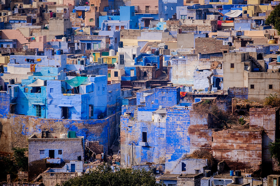 JODHPUR, INDIA - CIRCA NOVEMBER 2016: View of Jodhpur from the Mehrangarh Fort (Daniel Korzeniewski)