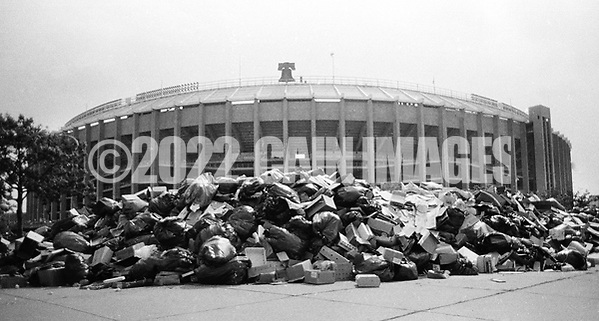 Trash piles up next to Veteran's Stadium in August 1986 during a municipal worker strike in Philadelphia, Pennslyvania. During the 20 day strike, that started July 10, 1986, about 20,000 tons of trash piled up across the city. (Photo by William Thomas Cain/Cain Images) (William Thomas Cain)