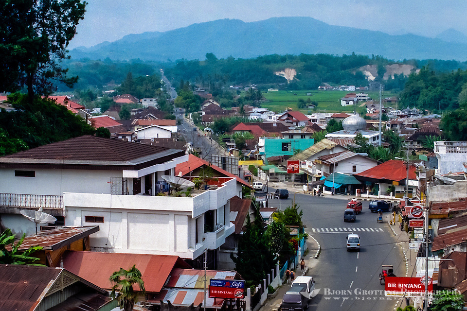 West Sumatra. Bukittinggi means high hills, and is a popular destination for travellers. (Photo Bjorn Grotting)