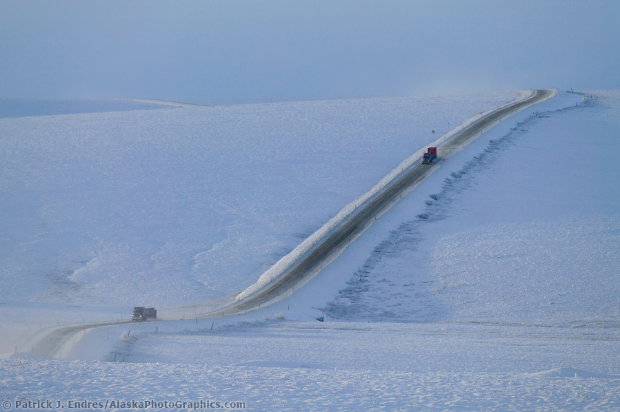 Trucking photos: Truckers hauls supplies along the James Dalton Highway in winter, Arctic Alaska (Patrick J. Endres / AlaskaPhotoGraphics.com)