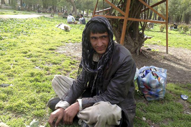 Afganistán, ocupado por EEUU y hundido en el tráfico y consumo de heroína