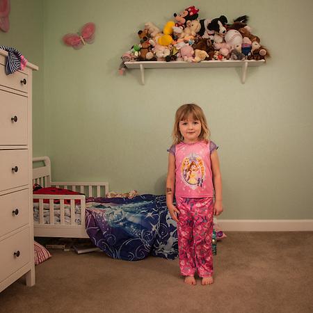 Three year old Mya Shuler in her bedroom, Pittsburg, CA (© Clark James Mishler)