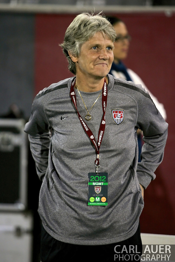 September 19, 2012 Commerce City, CO.  Pia Sundhage takes the field one last time as USA head coach prior the Soccer Match between the USA Women's National Team and the Women's Australian team at Dick's Sporting Goods Park in Commerce City, Colorado (Carl Auer/Cal Sport Media)