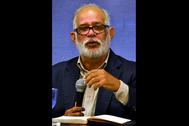Wilfredo Lozano, autor de La razón democrática