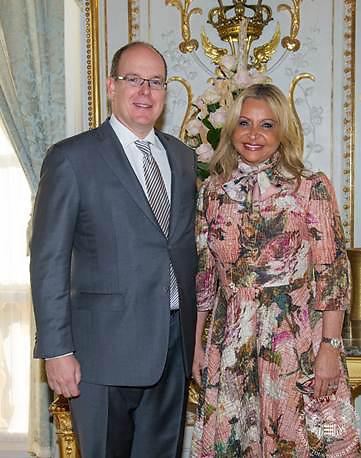 Su Alteza Serenísima Príncipe Alberto II de Mónaco recibió las credenciales de la señora Rosa Hernández de Grullón