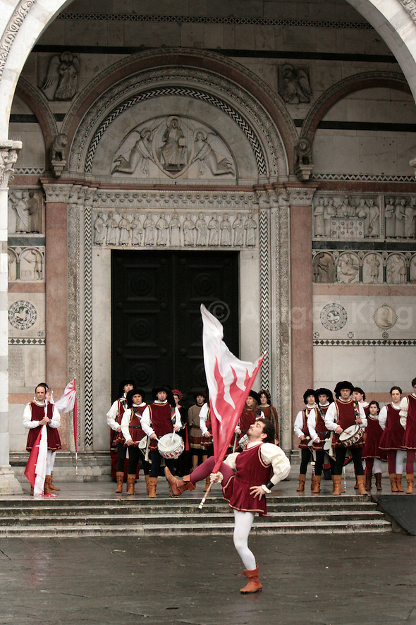 Italy Celebrates 150 Years in Photos - Flag Waving Display