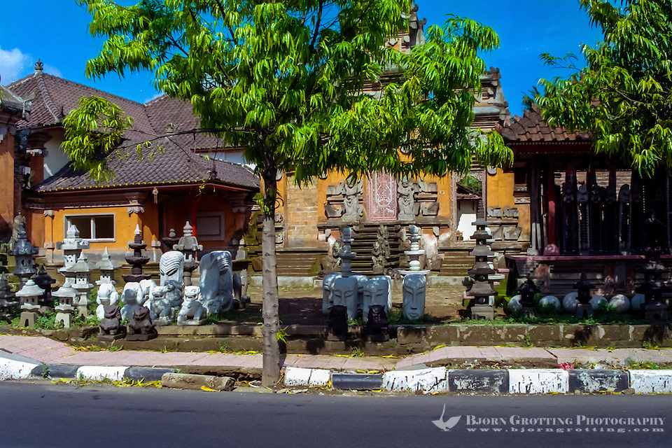 Bali, Gianyar, Batubulan. Batubulan is a Balinese center for stonecarving. (Photo Bjorn Grotting)
