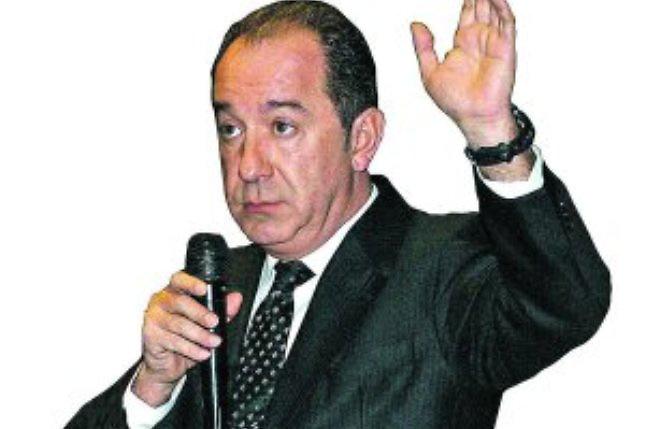 Especialista español dice RD está a la vanguardia con una Constitución moderna