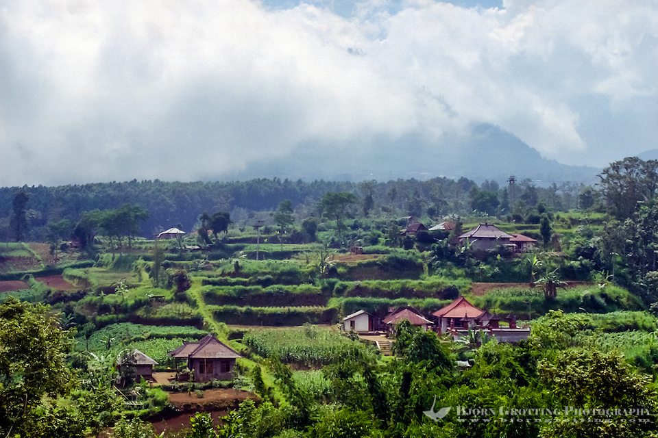 Bali, Tabanan, Bedugul. This is a fertile area with green hills and mountains. (Photo Bjorn Grotting)