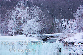 Winter view of the US Falls at Niagara (Ian C Whitworth)