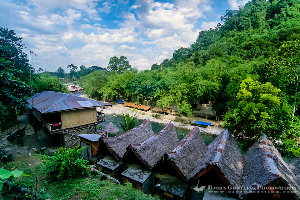 Indonesia, Sumatra. Bukit Lawang. There are no luxurious hotels here, but a large assortment of budget rooms. (Photo Bjorn Grotting)