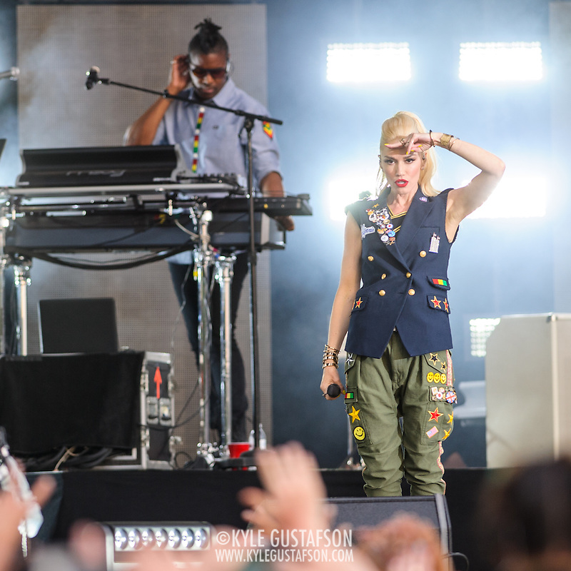 WASHINGTON, D.C. - April 18th, 2015 - Gwen Stefani and Gabe McNair of No Doubt perform at the Global Citizen 2015 Earth Day concert on the National Mall in Washington, D.C. (Photo by Kyle Gustafson / For The Washington Post) (Kyle Gustafson/For The Washington Post)