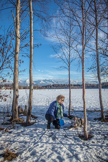 Mitzi and Molly at Westchester Lagoon, Anchorage (© Clark James Mishler)
