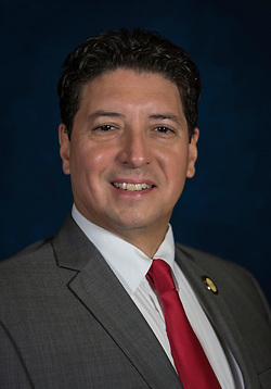 Rod Treviño (Houston Independent School District)