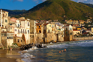 Medieval houses and seafront of old Cefalu [Cefaú] Sicily (Paul Williams)