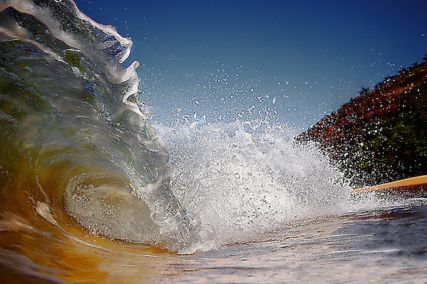water shot maui waves Hawaii (stephane lacasa)