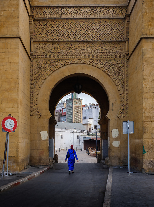 CASABLANCA, MOROCCO - CIRCA APRIL 2017: Woman walking over one of the entrances of the Medina in  Casablanca (Daniel Korzeniewski)