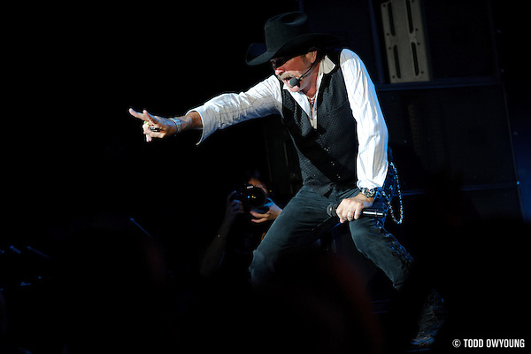 """Photos of Brooks and Dunn on their farewell tour, """"The Last Rodeo,"""" photographed in St. Louis on August 7, 2010. (© Todd Owyoung)"""