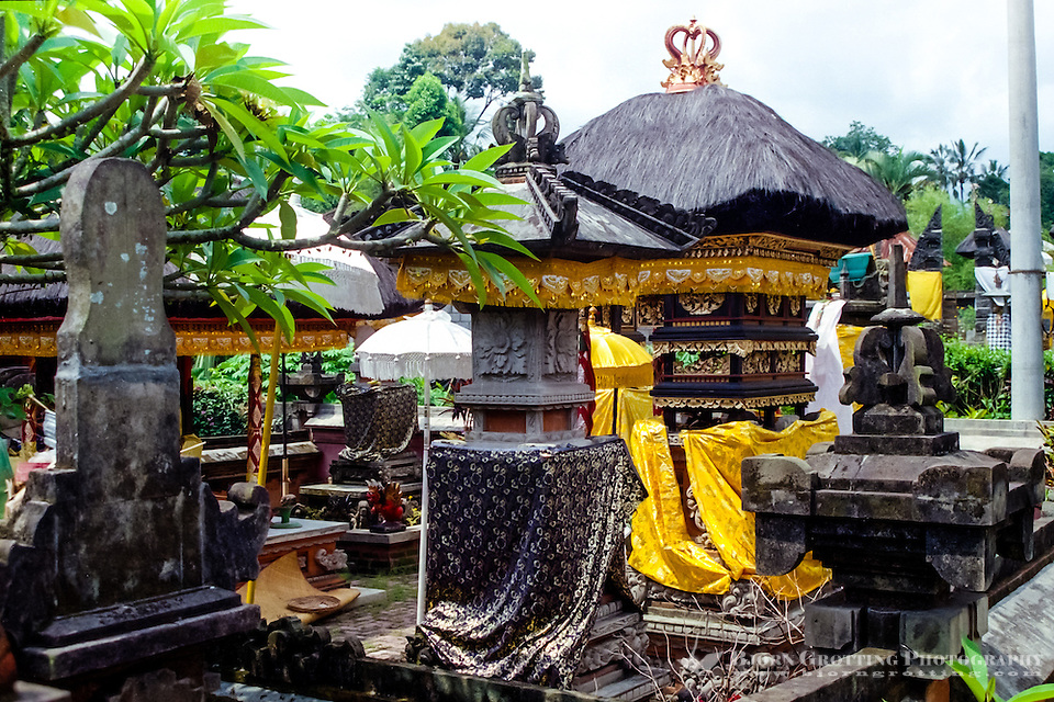Bali, Badung, Perean. A small village south of Bedugul. Beautifully decorated temple. (Photo Bjorn Grotting)