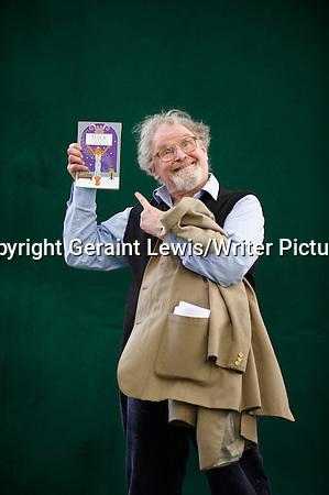 Alasdair Gray, Scottish Novelist, Artist and Writer at The Edinburgh International Book Festival 2009 Copyright Geraint Lewis/Writer Pictures contact +44 (0)20 822 41564 info@writerpictures.com www.writerpictures.com (Geraint Lewis/Writer Pictures)