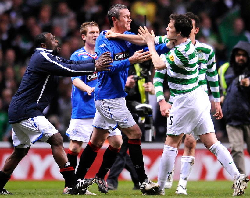 16TH APR 2008, CELTIC V RANGERS, CELTIC PARK, GLASGOW, DAVID WEIR AND GARY CALDWELL BRAWL AT THE END OF THE GAME, ROB CASEY PHOTOGRAPHY. (ROB CASEY/ROB CASEY PHOTOGRAPHY)