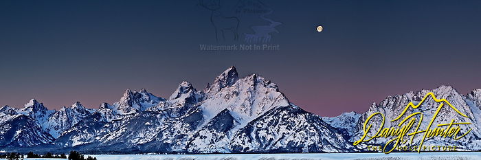  Full Moon Over the Grand Tetons
