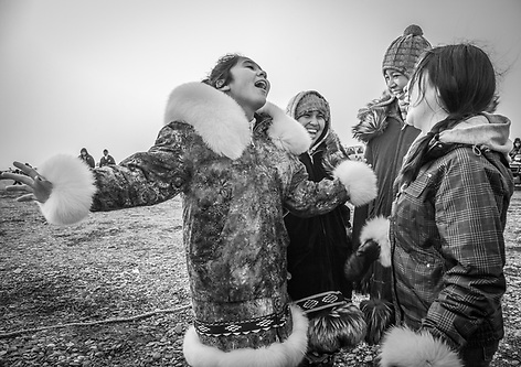 Shauna, Rita, Jaidyn and Shaylin at Unagsiksiksauq (Clan Boat Celebration), Qagruq (Whaling Feast), Point Hope, The Purchase Centennial Poject (Clark James Mishler)