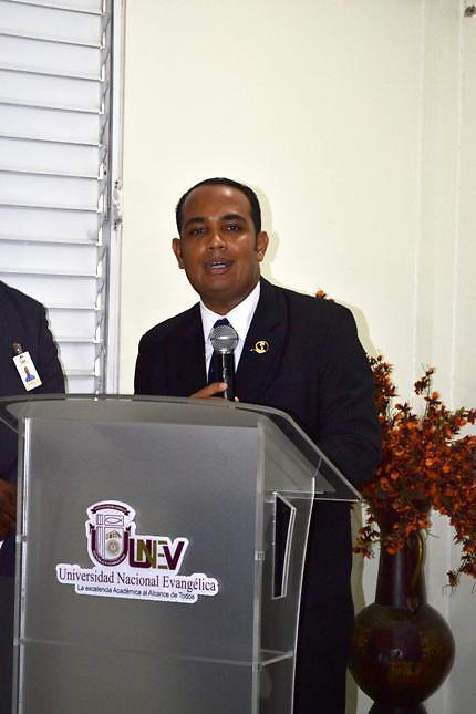 Pastor Yasser Rivas